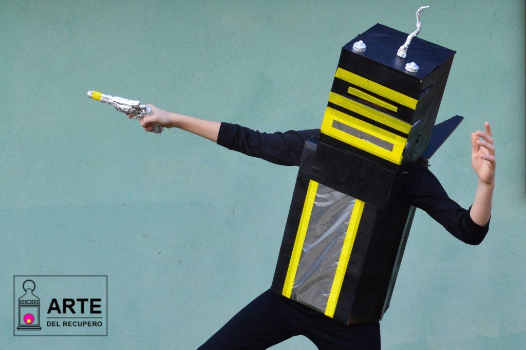 Carnevale con Costume fai da te: Robot
