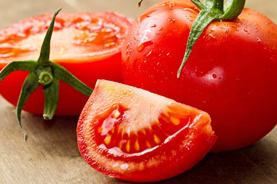 scrub pomodoro per pelle grassa