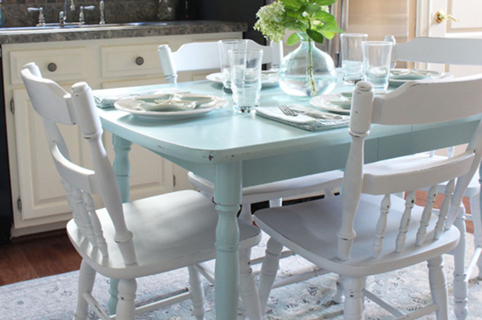 rinnovare un vecchio tavolo da pranzo 2